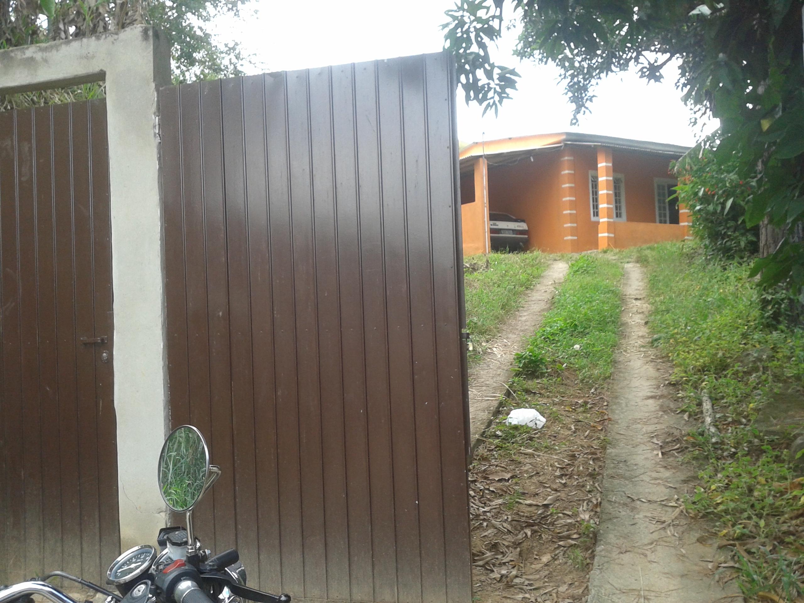 Venda De Casa Em Três Poços Em Pinheiral-RJ
